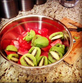 day 5 post double jaw (orthognathic) surgery watermelon kiwi juice prep