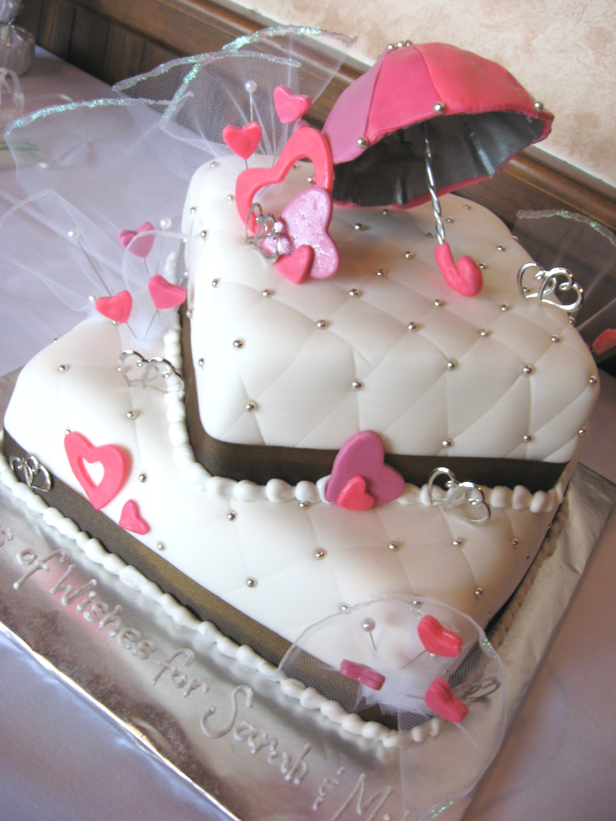 Cakeopolis: # 74 The Hearts Bridal Shower Cake