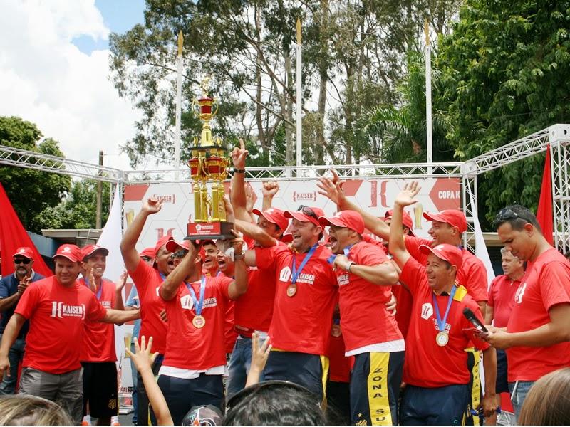 Em ótima campanha São Francisco FC ficou com Troféu do 3ª Lugar na Kaiser Série A.