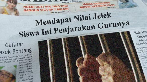 Siswa Penjarakan Gurunya