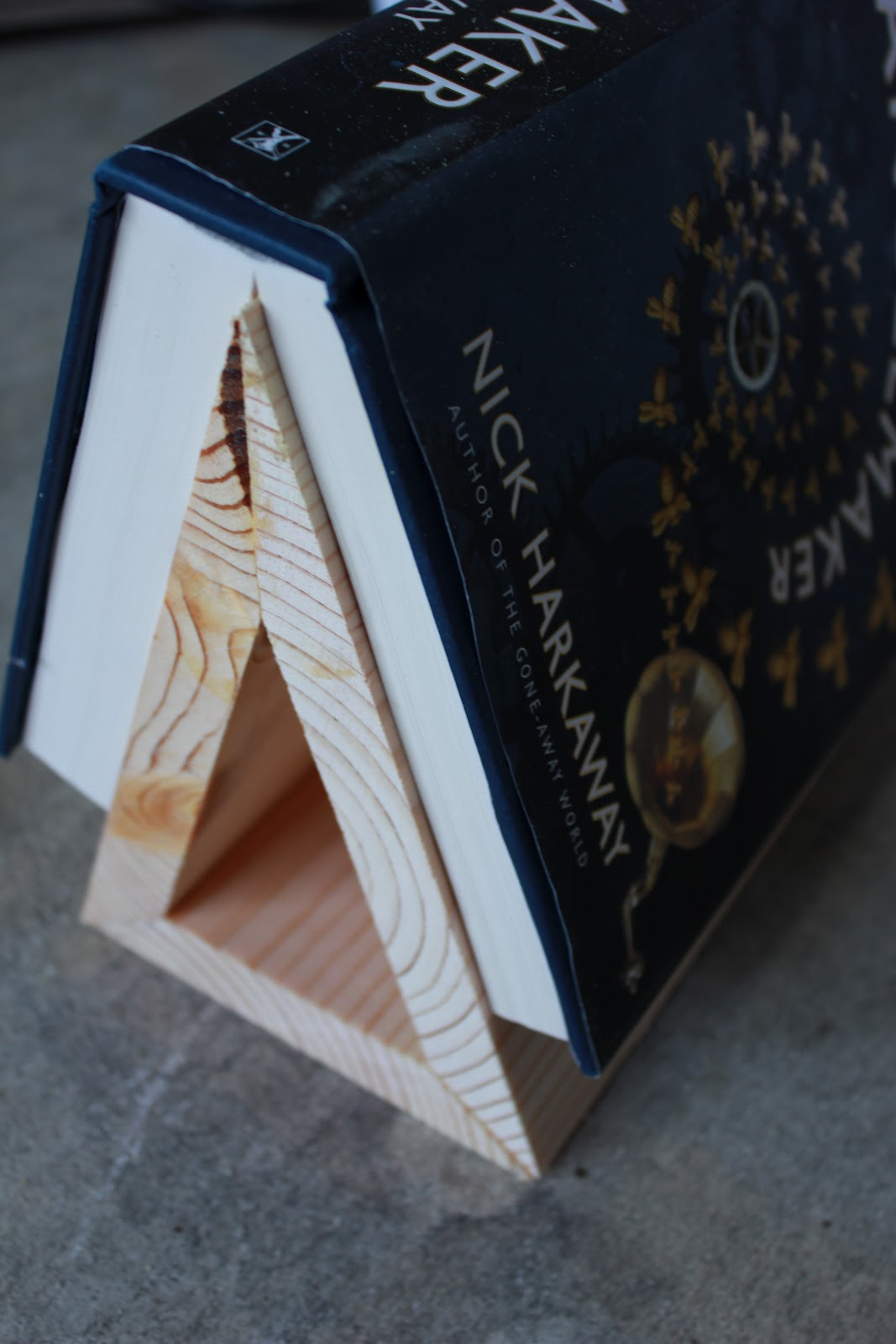 Hipholstery diy tutorial book stand for dad malvernweather Images