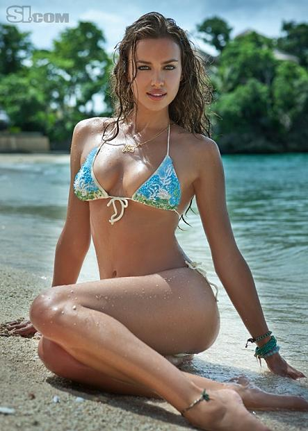 Irina Shayk Hot Photos