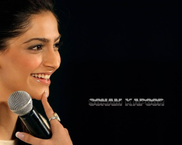 Sonam Kapoor Players Wallpaper Sonam Kapoor Latest Wallpaper