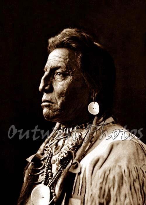 http://www.ebay.com/itm/NATIVE-AMERICAN-INDIAN-TWO-GUNS-WHITE-CALF-BLACKFOOT-BROWNING-MONTANA-MT-PHOTO-/360695228485?pt=Art_Photo_Images&hash=item53fb1c6845