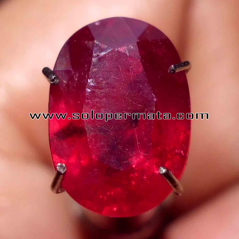 Batu Permata Ruby Pigeon Blood