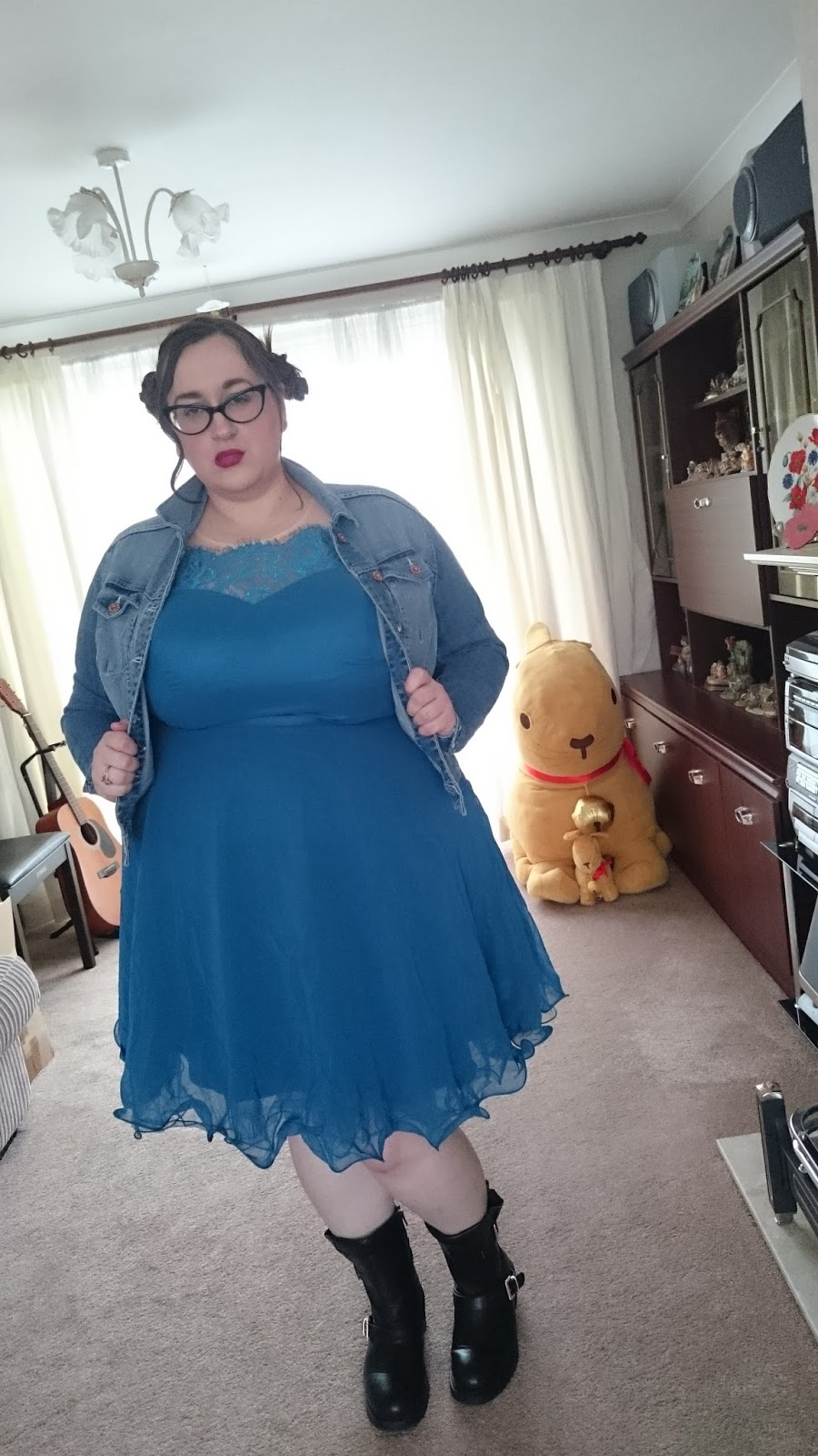 Grunge Elsa Does My Blog Make Me Look Fat