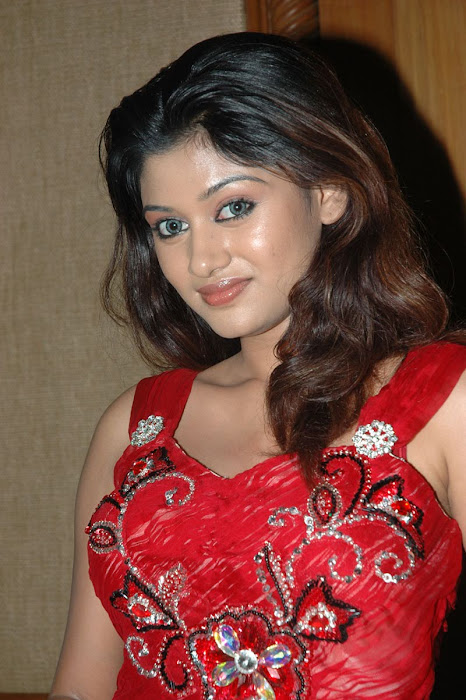 oviya helen new latest photos