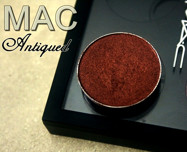 MAC Antiqued Eye Shadow