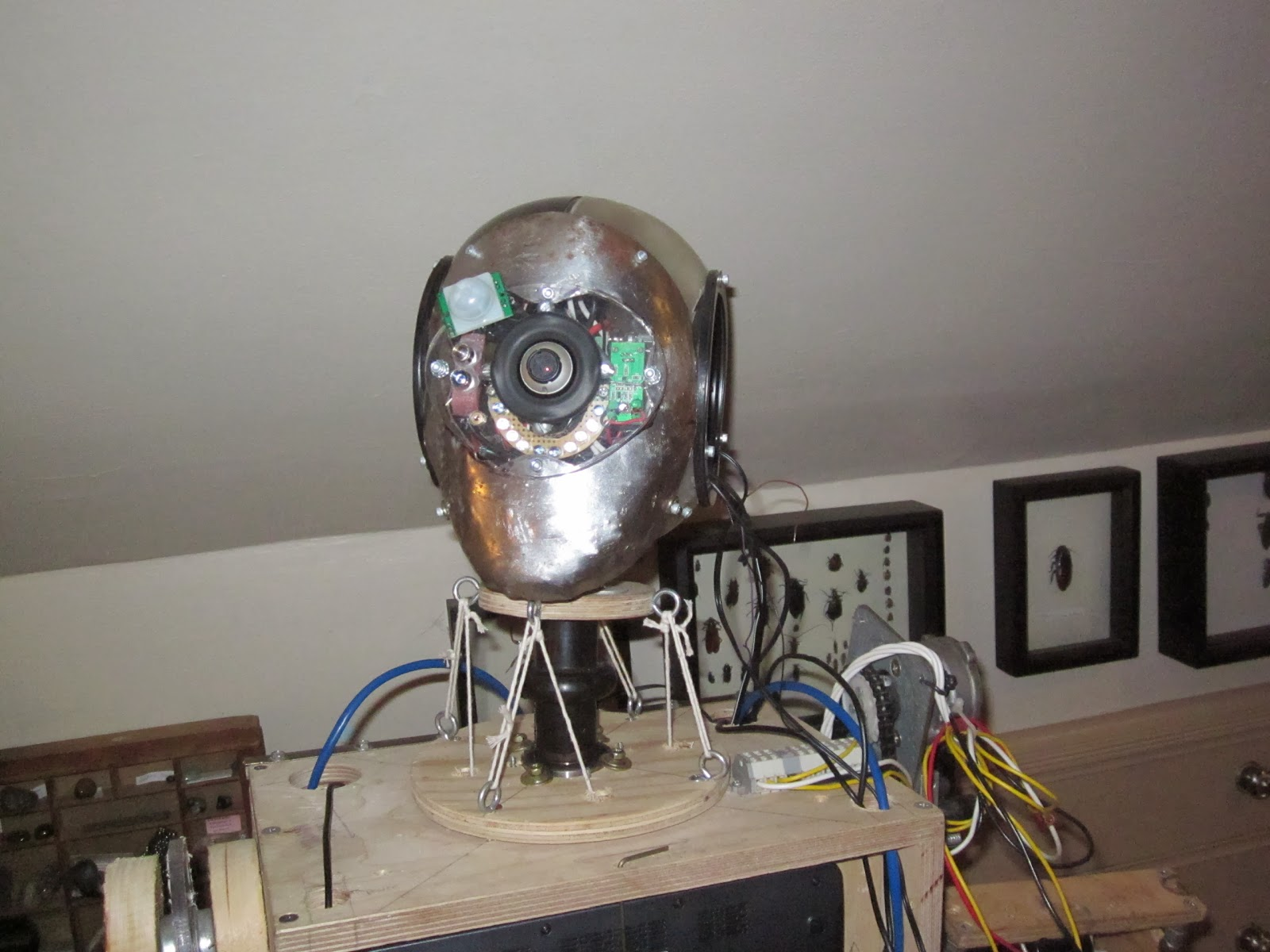 Arduino controlled humanoid robot