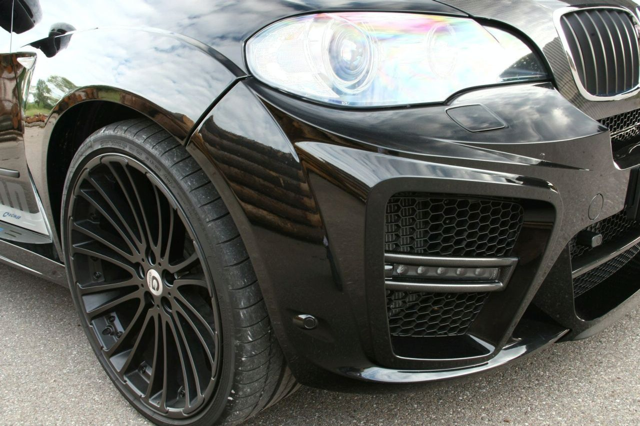 http://2.bp.blogspot.com/-x-Tv9U7nPII/UO9-G3hrgQI/AAAAAAAAAE8/7k99QEB79ys/s1600/BMW+X5+Black+Front+front+down.jpg