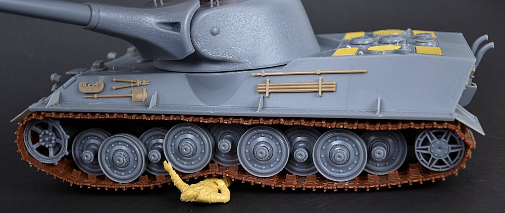 The Modelling News 1 35 Panzer Vii L 246 We From Amusing