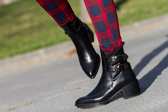 Botines con hebillas negros Bloggers moda tendencia Zara Trafa Adicta a los Zapatos