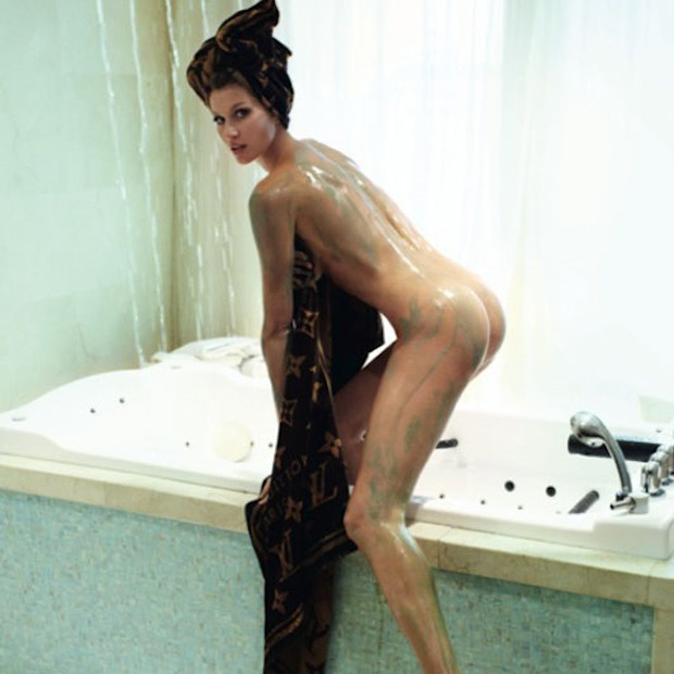 Gisele Bundchen Fica Totalmente Nua Em Ensaio Para A Vogue