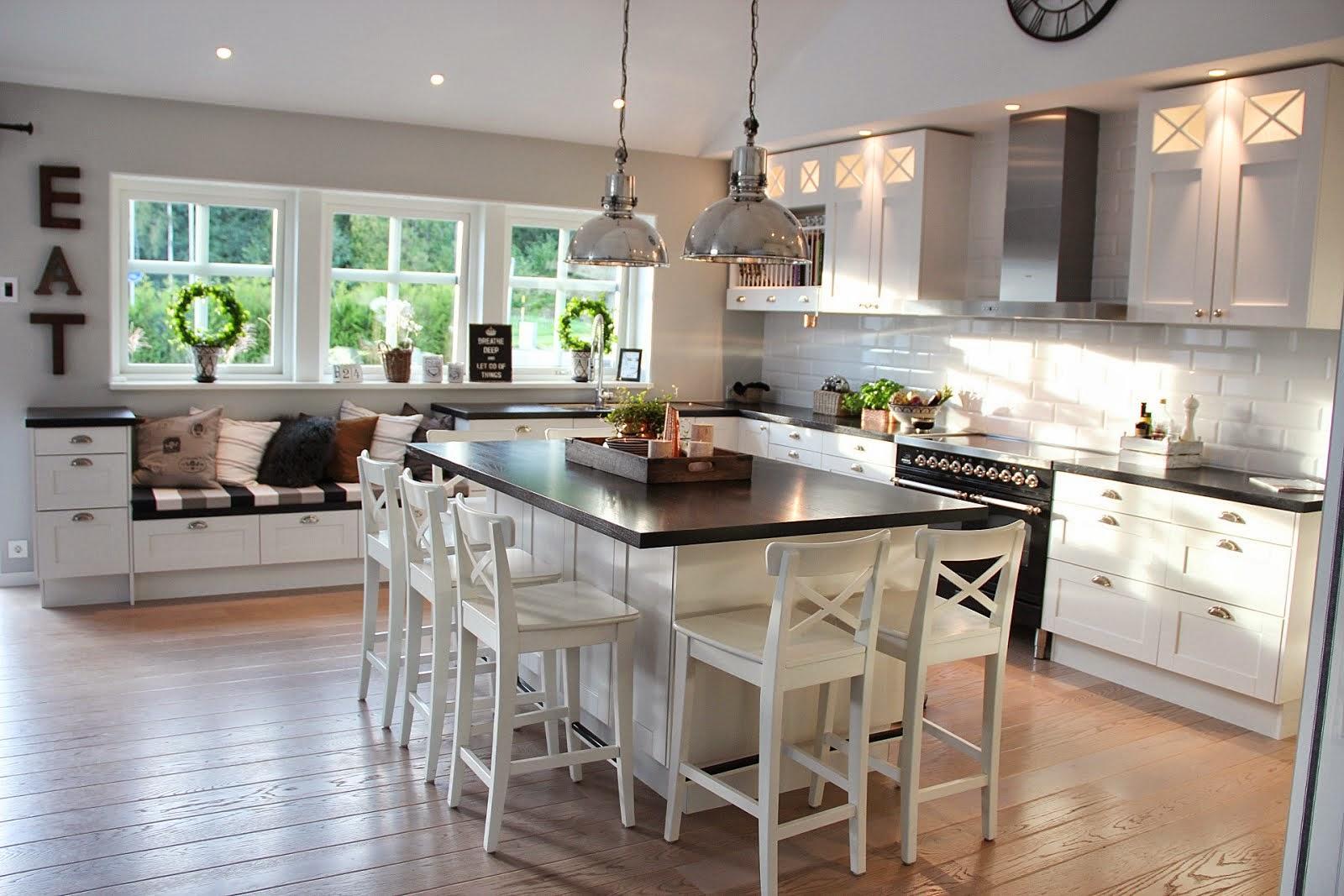 VÄlkommen hem!: hÖg pÅ mÄssing & marmor