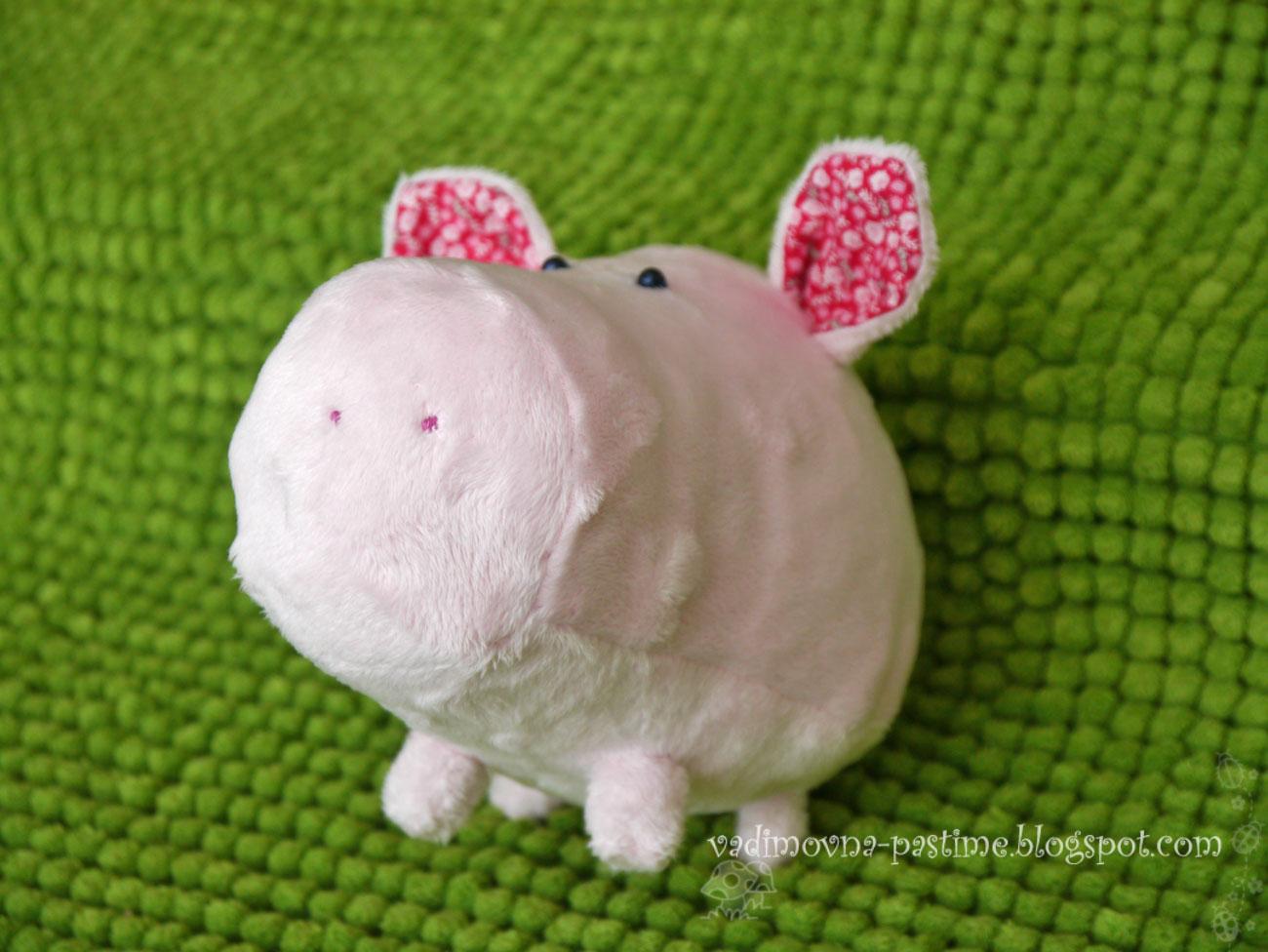 свинка игрушка