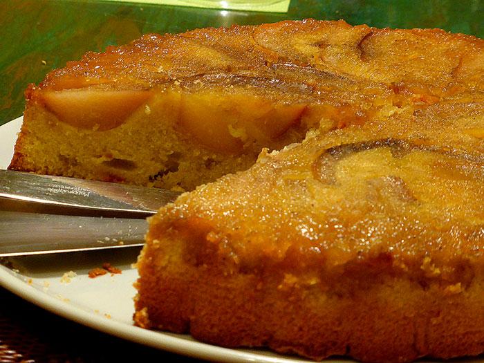 Torta rovesciata di pere e zenzero