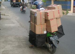 """<img src=""""Tas Sales Ready.jpg"""" alt=""""Tas Sales Ready Angkut Barang Berat"""">"""