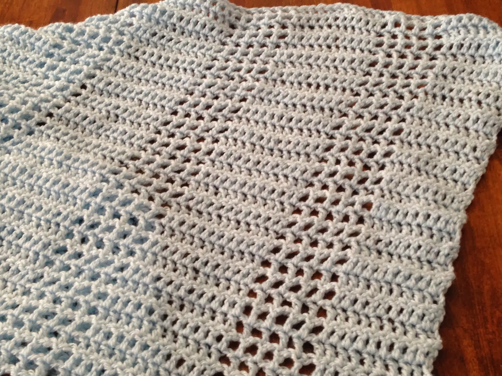 Crafty Elements: Free Pattern: Easy Striped Baby Blanket