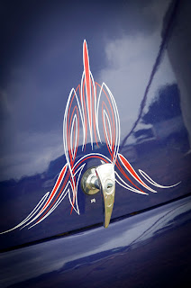 Pinstriping photographs