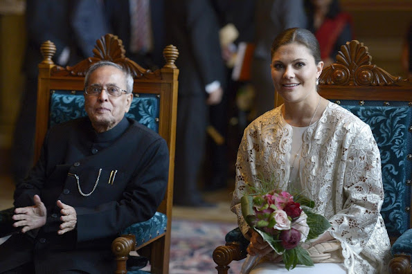 Crown princess Victoria Style, Dresses, Pumps, Shoes, Jewelry