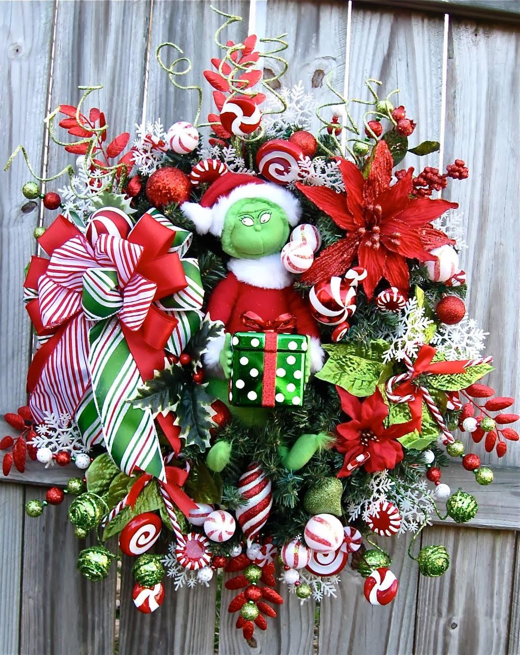 Grinch Pre Lit Wreath