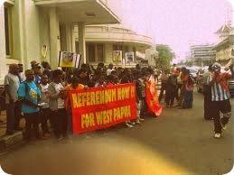 Aliansi Masyarakat Papua (AMP) Bandung Berdemo di Gedung Sate