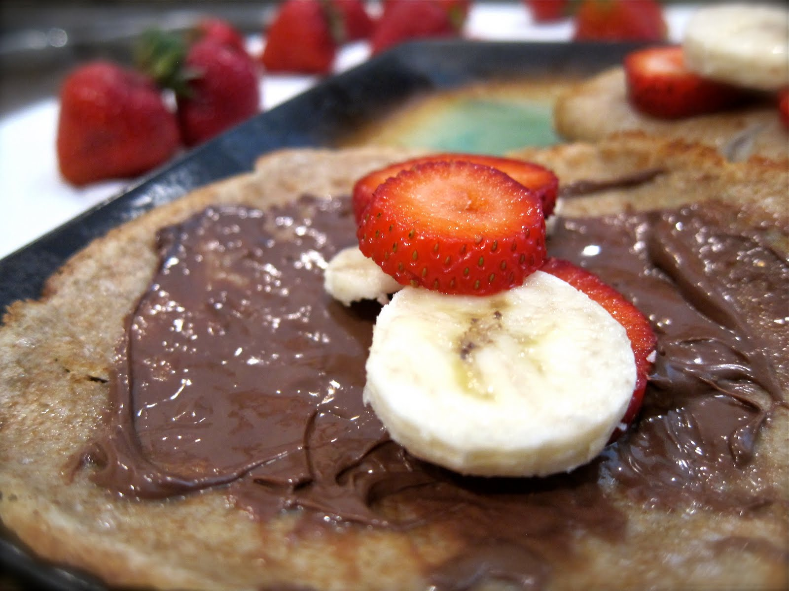 Saleena: Strawberry & Banana Nutella Crepes