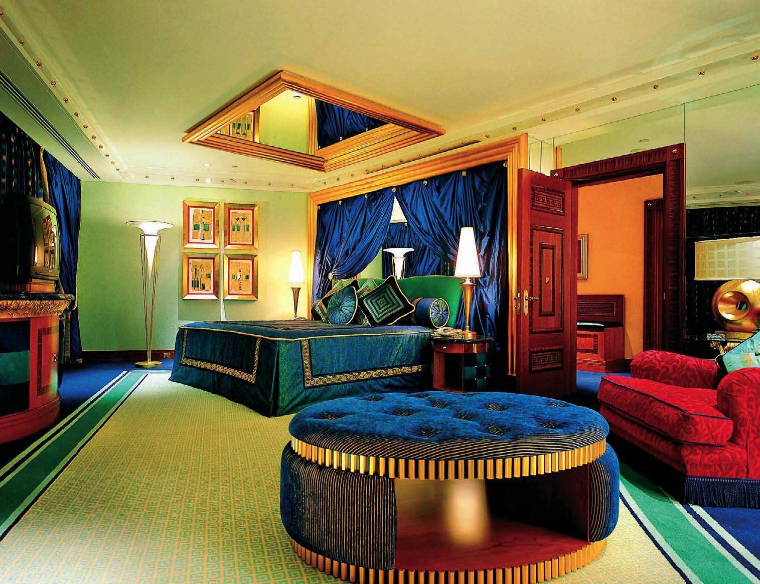 Tourism world burj al arab for Burj al arab interior