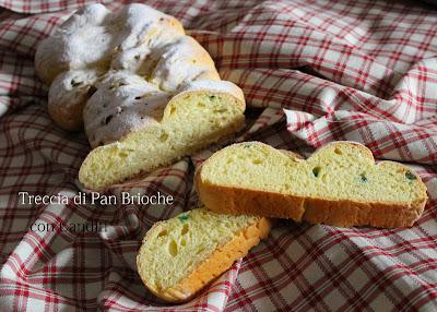 treccia di pan brioche ai canditi