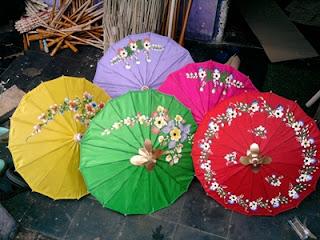 Payung Geulis dari kain