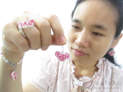 Yuefang_wearing_beaded_heart_pink_collection