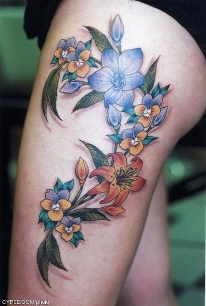 Women Thigh Hawaiian Flower Tattoo