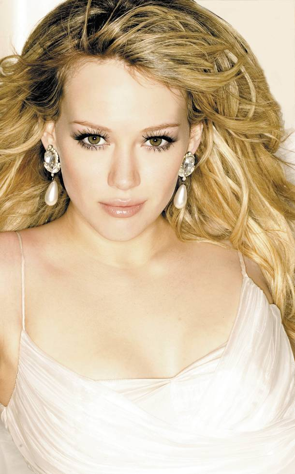 hilary-duff-beauty-and-the-briefcase
