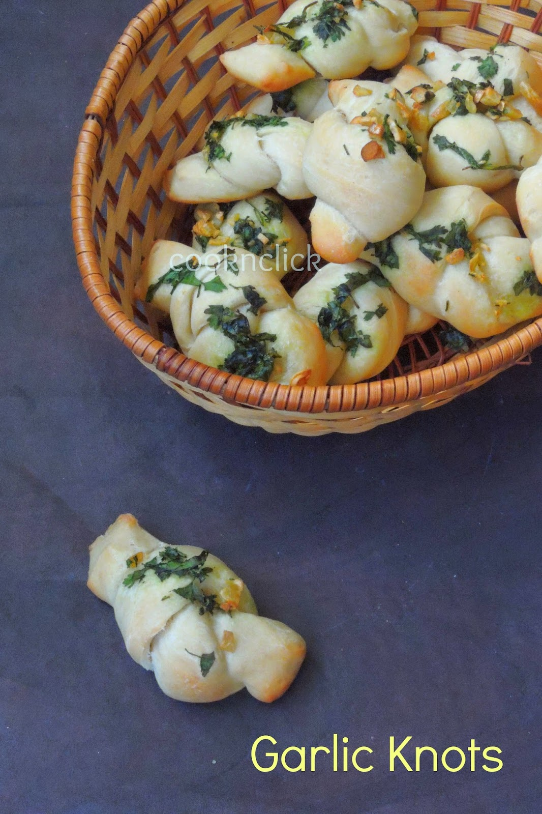 Eggless garlic knots, garlic knots,garlic and coriander knots
