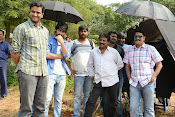 Oohalu Gusa Gusalade movie Working stills-thumbnail-14