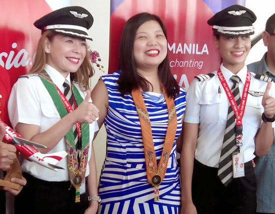 ALL-WOMEN CREW AIR ASIA LANDED DAVAO