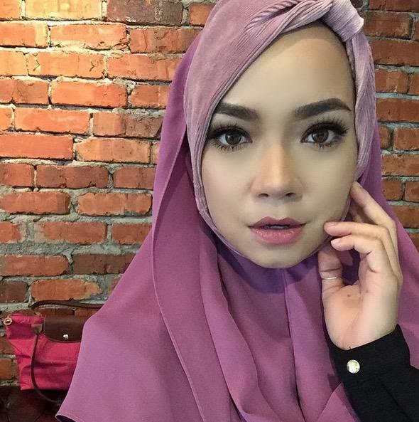 Penampilan Baharu Nora Danish Bertudung