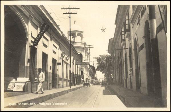 Historia de Valencia la de Carabobo narrada a mi manera desde su extinto Punto Cero, torre al fondo