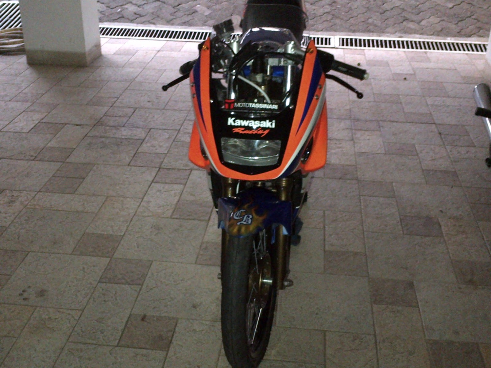 kawasaki ninja r 150 thai look title=