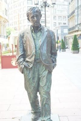 Oviedo, escultura Woody Allen
