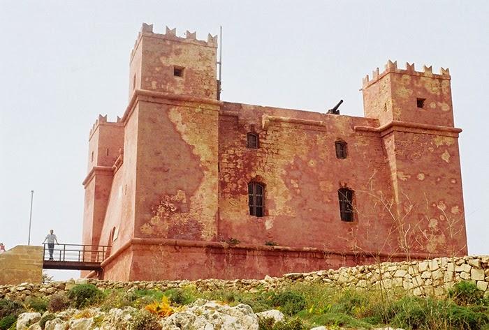 Malta Minolta X 300s DSLR Sightseeing