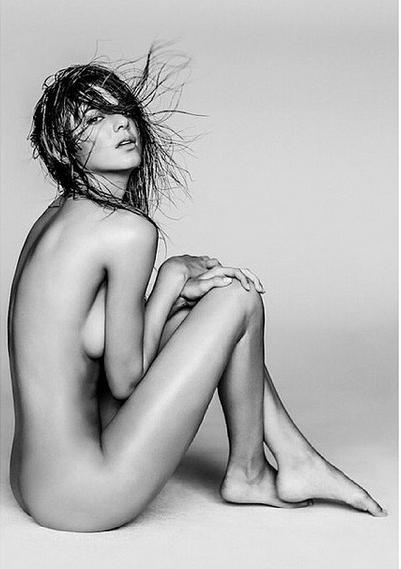 Kendall Jenner Fully Naked