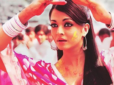 Bollywood Actress Aishwaria rai Holi Photos