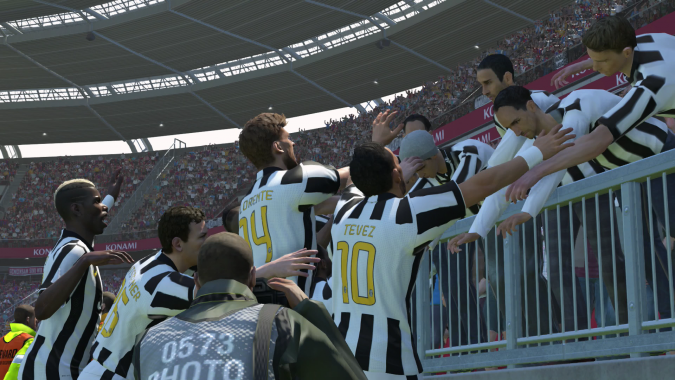 Gameplay PES 2015 Demo: Real Madrid X Barcelona by Eurogamer