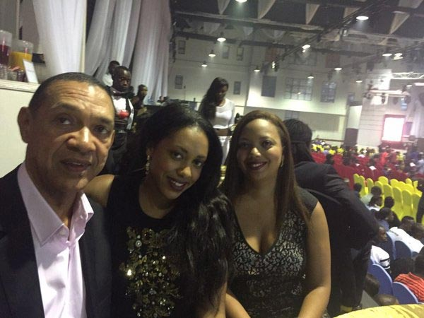 More Photos As Ben Murray-Bruce Poses With Daughter, His Neice And Basketmouth At The Headies