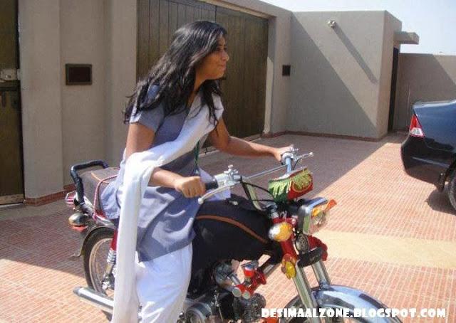Desi Sexy AND Hot College Girl On Bike