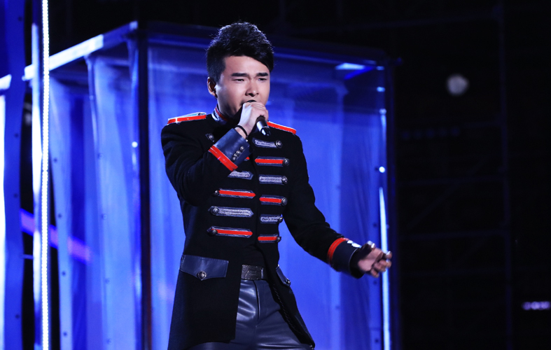 Voice of China Season 4 Episode 13 Finale - Zhang Lei crowned winner