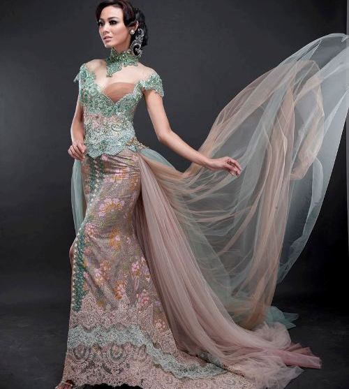 Gaun Kebaya Modern Muslim Terbaru