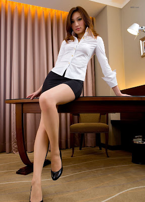 Foto-Foto Sekretaris Seksi 17+