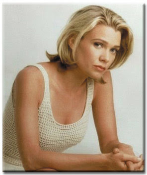 Laurie Model Archives http://hotsexybeautifulcelebrity.blogspot.com/2011/04/laurie-holden.html